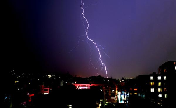 雷と電気について