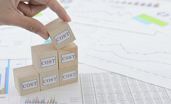 企業がコストカットを行う際に真っ先に考えるべき事とは?