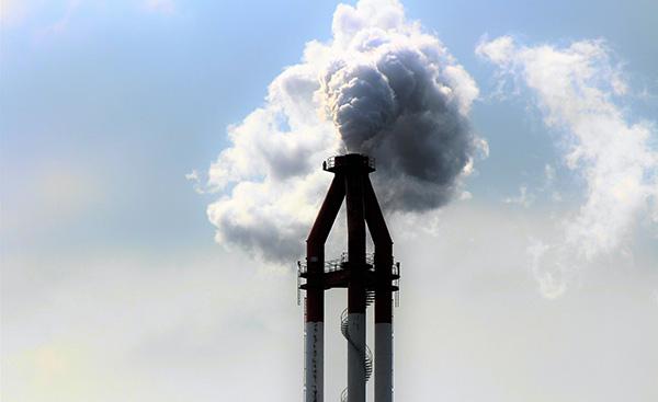 日本が石炭発電をやめられない理由とは?