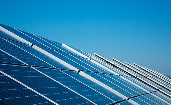 新型コロナウイルスと太陽光発電