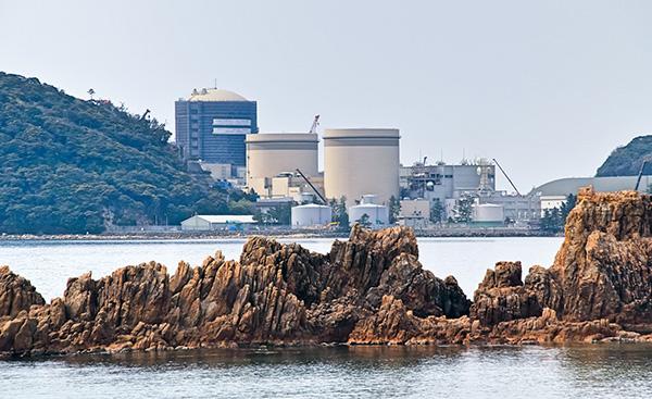 「脱炭素社会」へ向けて原子力発電所の新設をする?