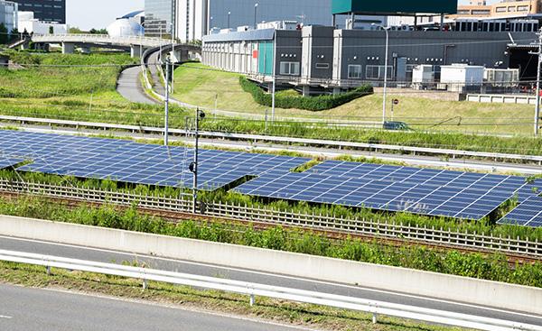 ソーラーパネルの発電効率をアップさせる秘策とは?