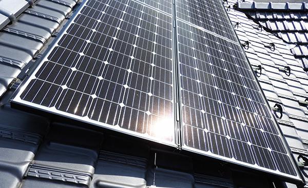 太陽光発電と新電力、どっちがお得?