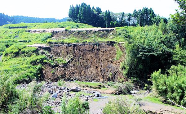 震度6強の地震により90万戸以上が停電